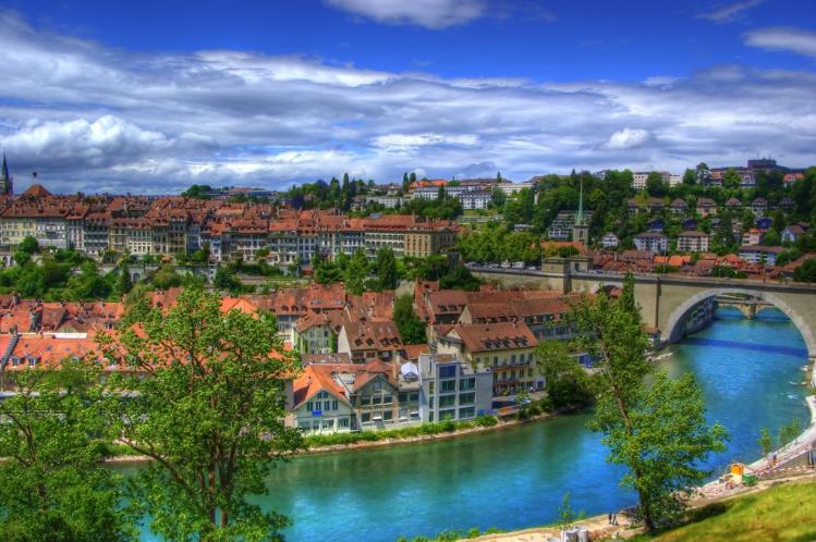 Особенности торговли швейцарским франком