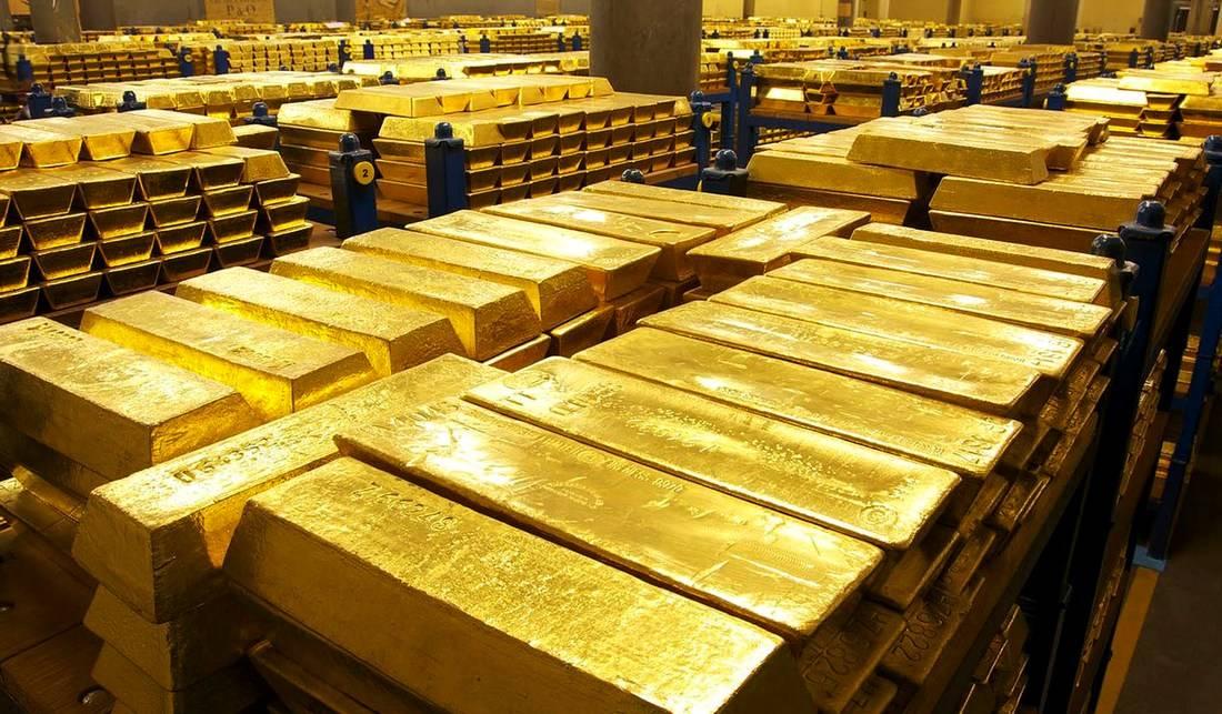 Золото на рынке